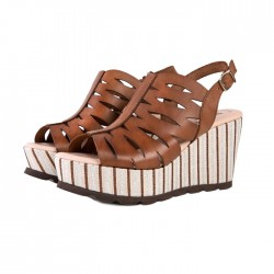 Sandały Chus - orzechowe